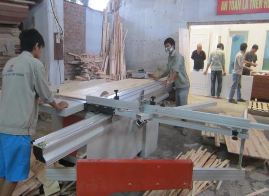 Cửa gỗ công nghiệp đẹp, hiện đại, giá rẻ cho năm 2018