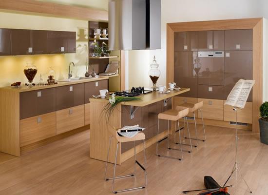 Tủ bếp gỗ công nghiệp highgloss kết hợp veneer