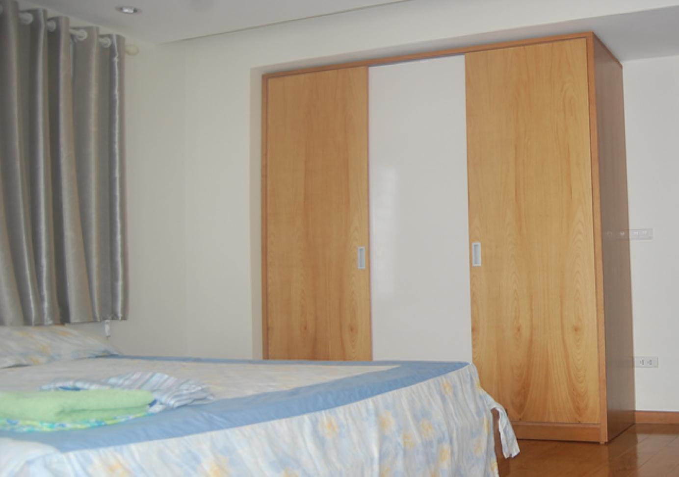 Tủ quần áo veneer gỗ sồi