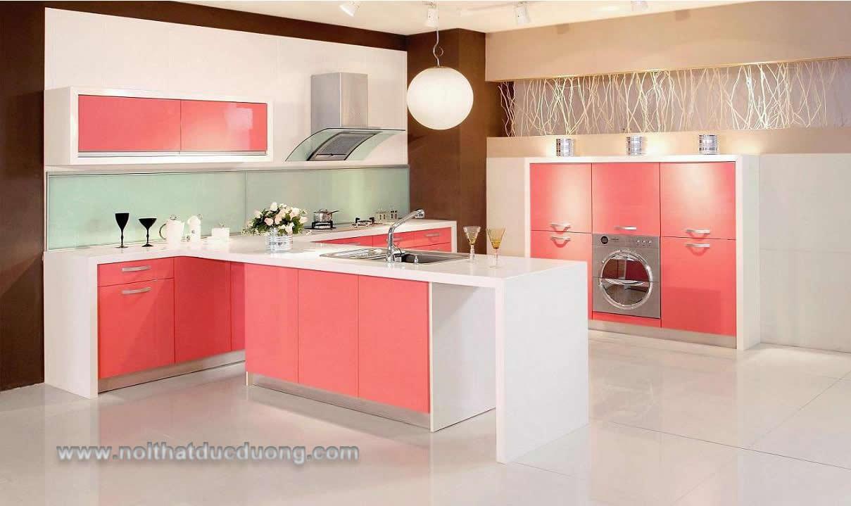 Tủ bếp màu hồng trẻ trung 12