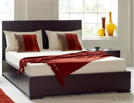 Giường ngủ veneer xoan đào 12