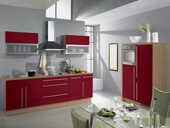 Tủ bếp màu đỏ nổi bật 19