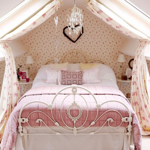 """Giường ngủ """"công chúa"""" điệu đà"""