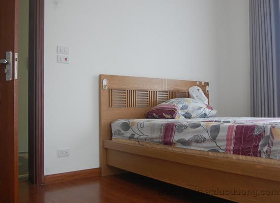 Giường ngủ gỗ sồi tự nhiên 28