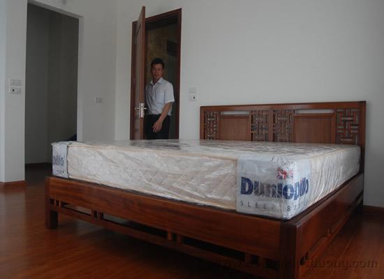 Giường ngủ gỗ tự nhiên cao cấp 29