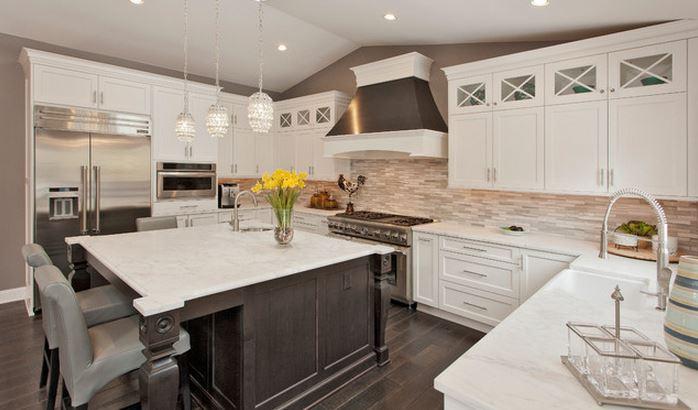 Tủ bếp màu trắng thiết kế cổ điển – M17