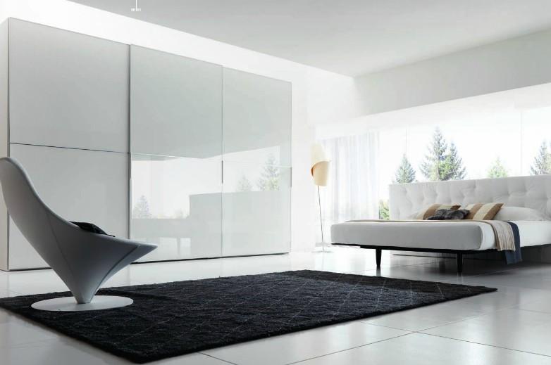 white-closet-sliding-panels