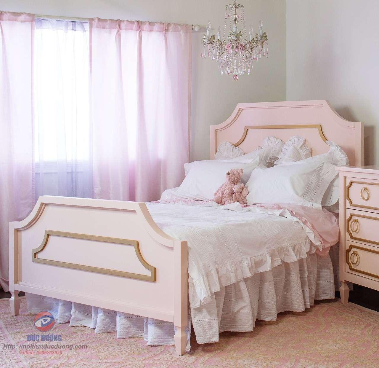 Giường ngủ phong cách cổ điển 39