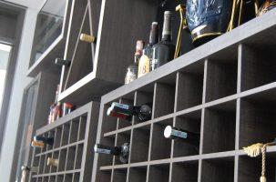 Thi Công Nội Thất Căn Hộ Chung Cư Mandarin Garden: Tủ Rượu Đẹp Cho Phòng Khách