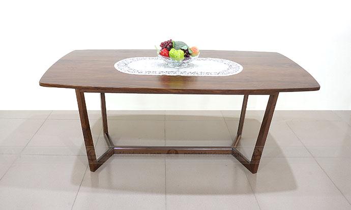 Mẫu bàn ăn gỗ óc chó đẹp và sang trọng