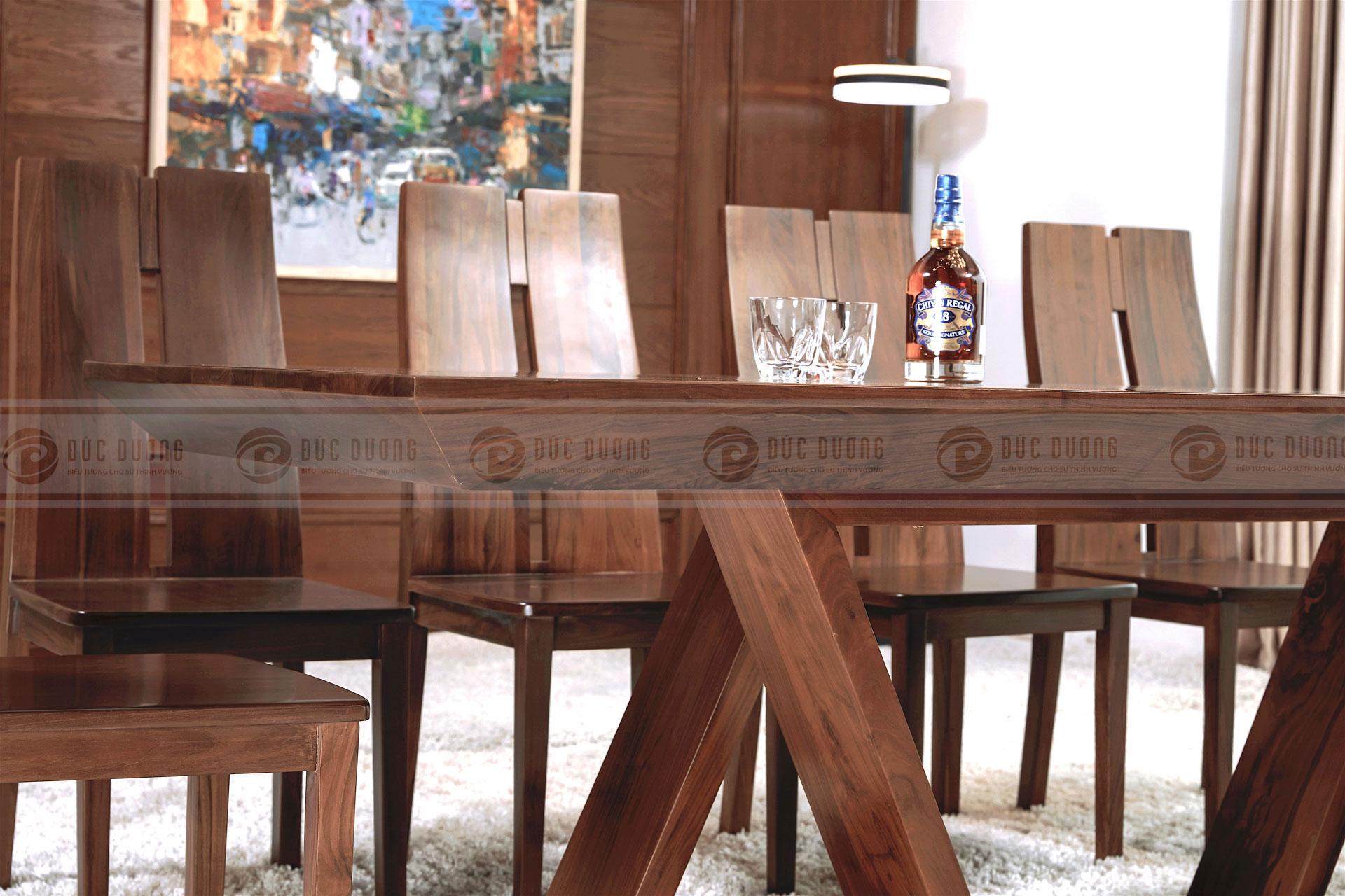 Bộ bàn ghế ăn Grand