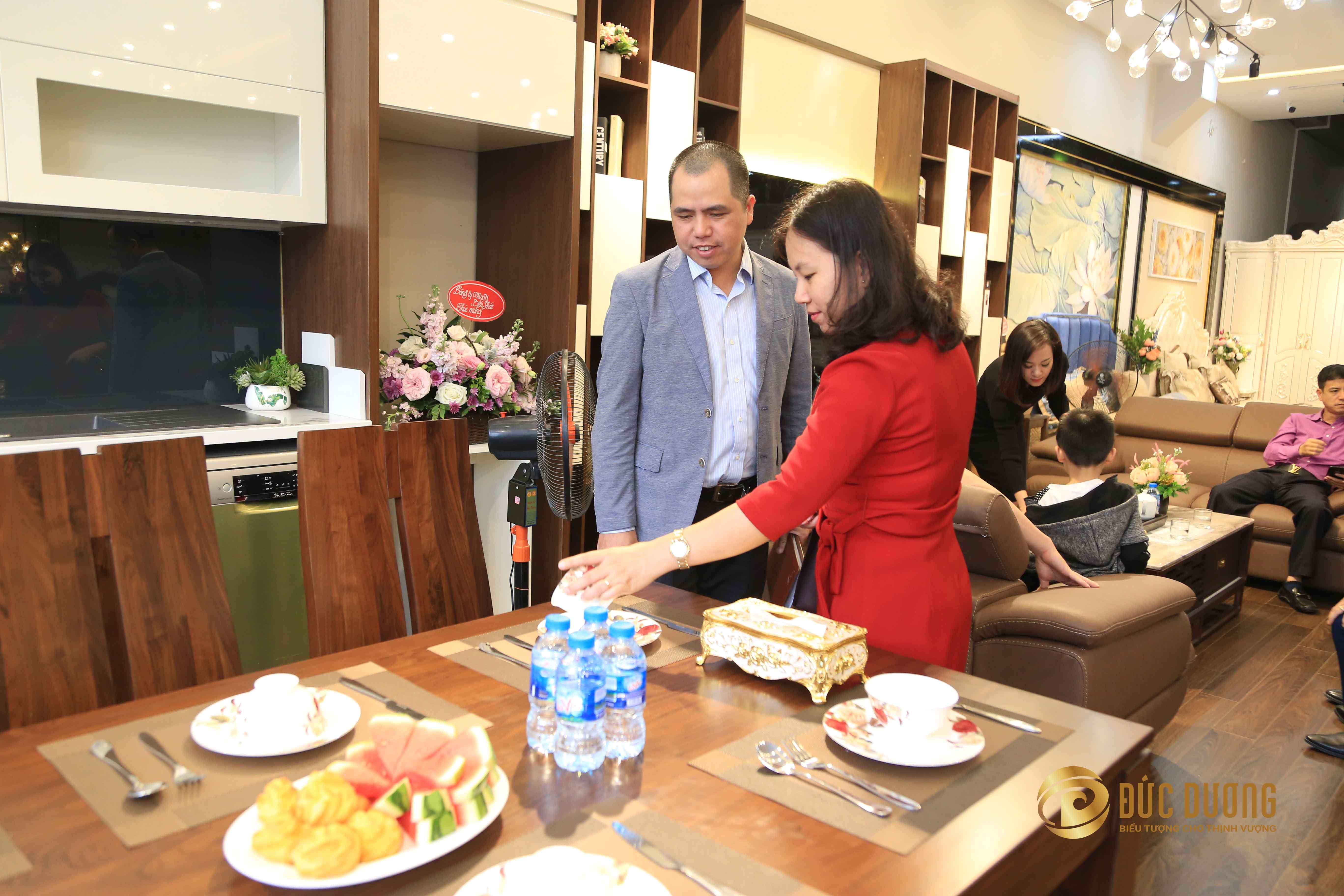 Tưng bừng khai trương showroom phân phối sản phẩm của Nội thất Đức Dương tại Quảng Ninh