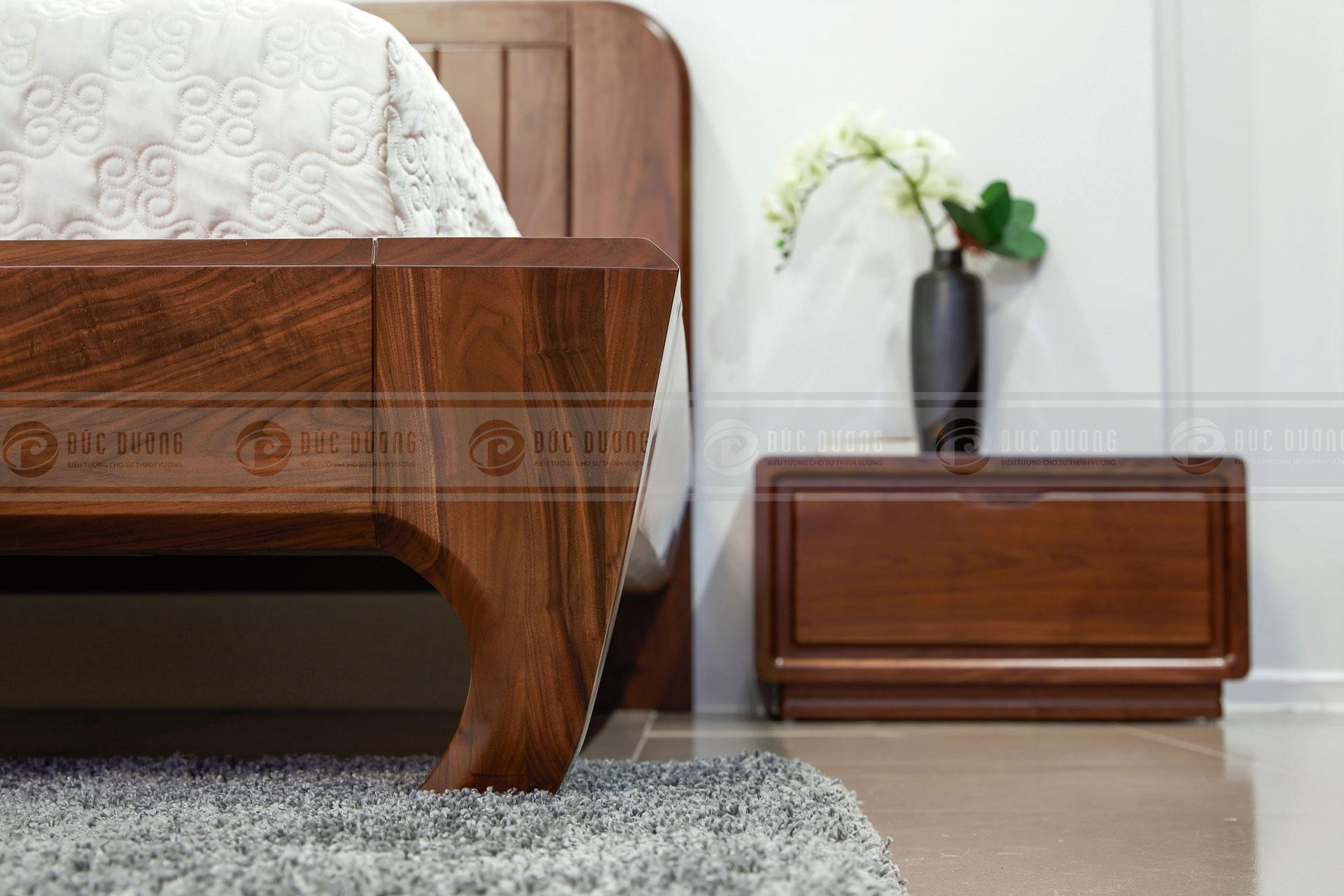 Giường ngủ gỗ óc chó Cherish